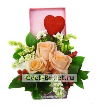 Композиции из цветов - Валентинка